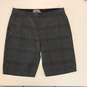 Men's size 36 Hybrid Gotcha shorts